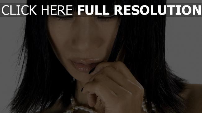 fond d'écran hd ling bai brunette actrice vue de face