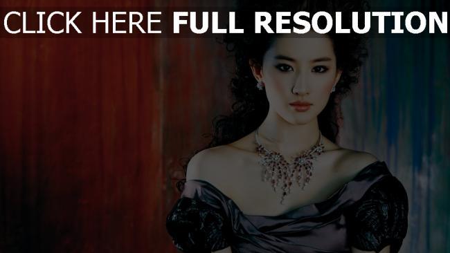 fond d'écran hd liu yifei actrice bouclé cheveux robe bijoux