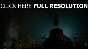 kiev brouillard statue rétro-éclairage
