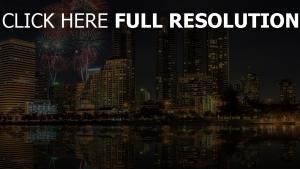 bangkok gratte-ciel feu d'artifice