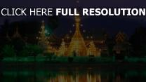 wat phrathat doi suthep rétro-éclairage temple