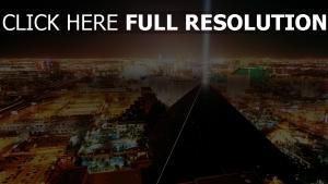 las vegas pyramide rétro-éclairage vue aérienne