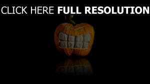 citrouille-lanterne dents halloween