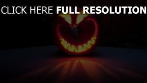 citrouille-lanterne solitaire sourire halloween