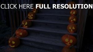 citrouille-lanterne escaliers halloween